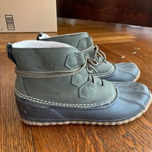 Water proof duck boots